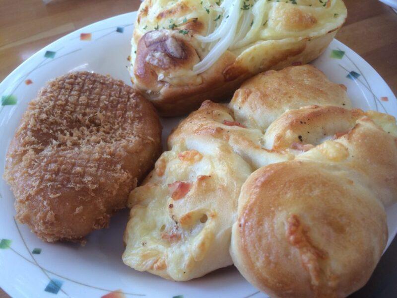 倉敷『スワンベーカリー』クロネコヤマト運営のパン食べ放題ランチ!
