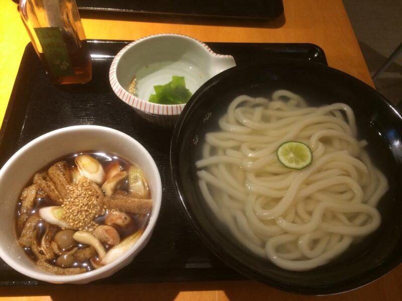 神戸三宮『かま釜うどん』圧力釜で茹でる鶏南蛮つけ汁の釜揚げうどん!