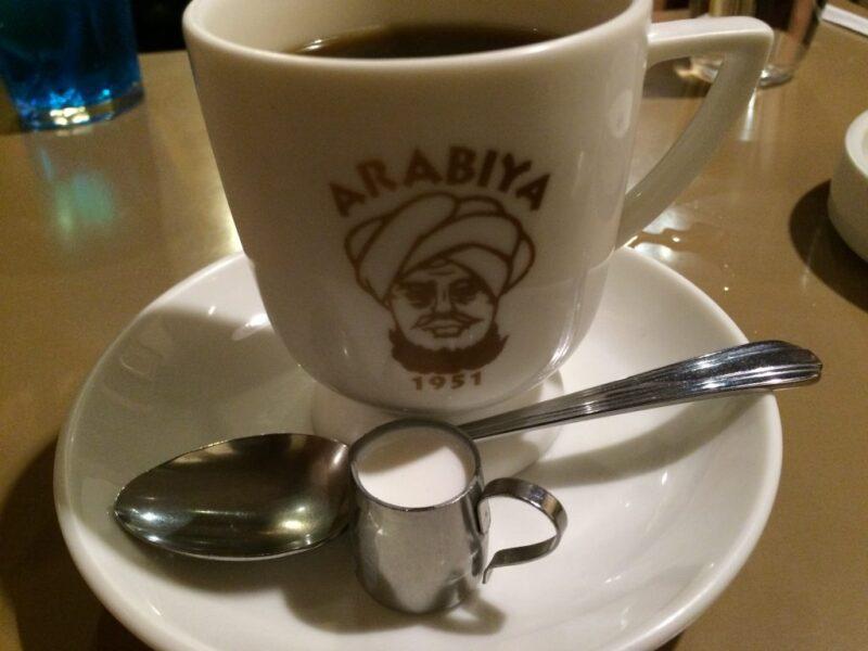 大阪レトロ喫茶店『アラビヤコーヒー』クリームソーダとゆで卵!①