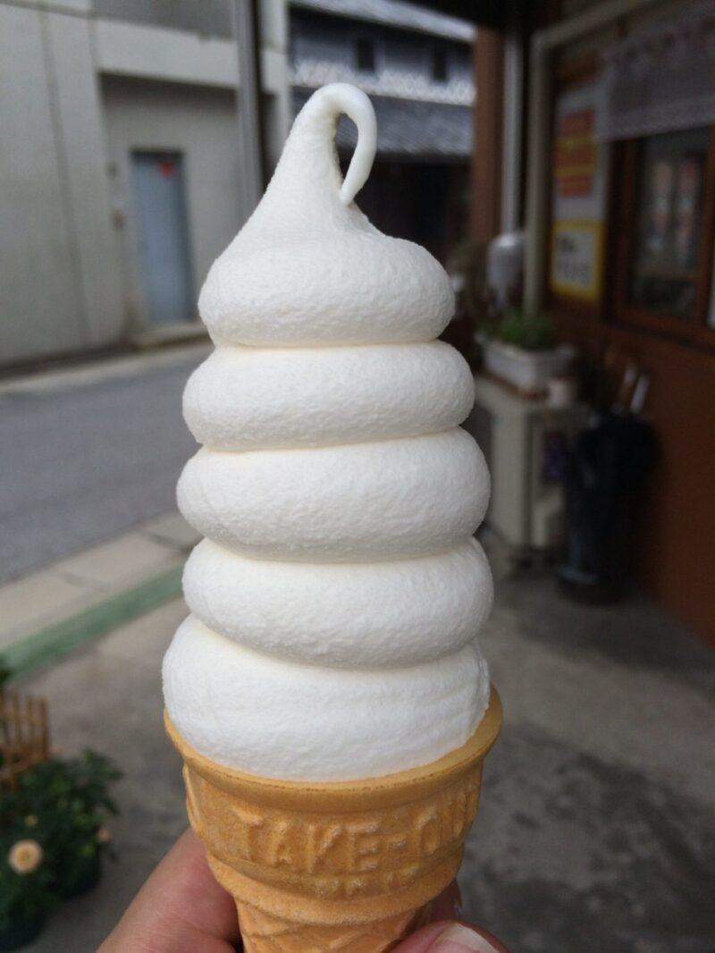 岡山総社『おーいし堂』まるでウ〇コ!?そっくり過ぎるソフトクリーム!