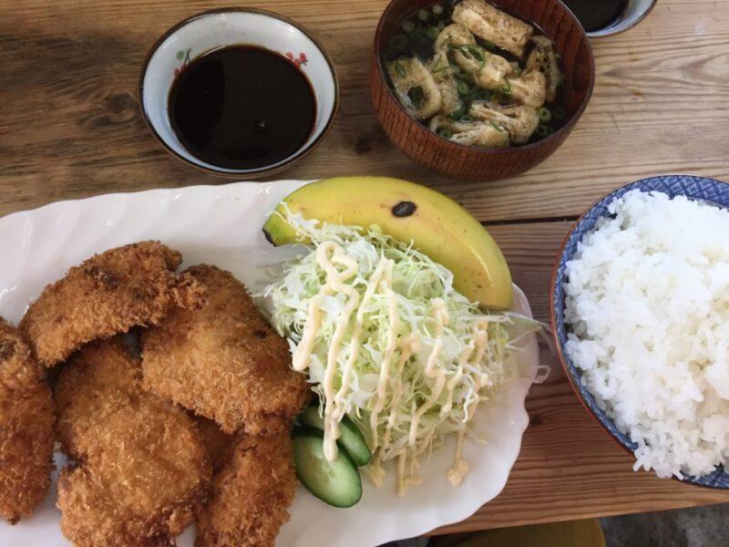 岡山デカ盛りグルメ『黒川食堂(くろかわ)』ご飯マンガ盛りの唐揚げ定食!