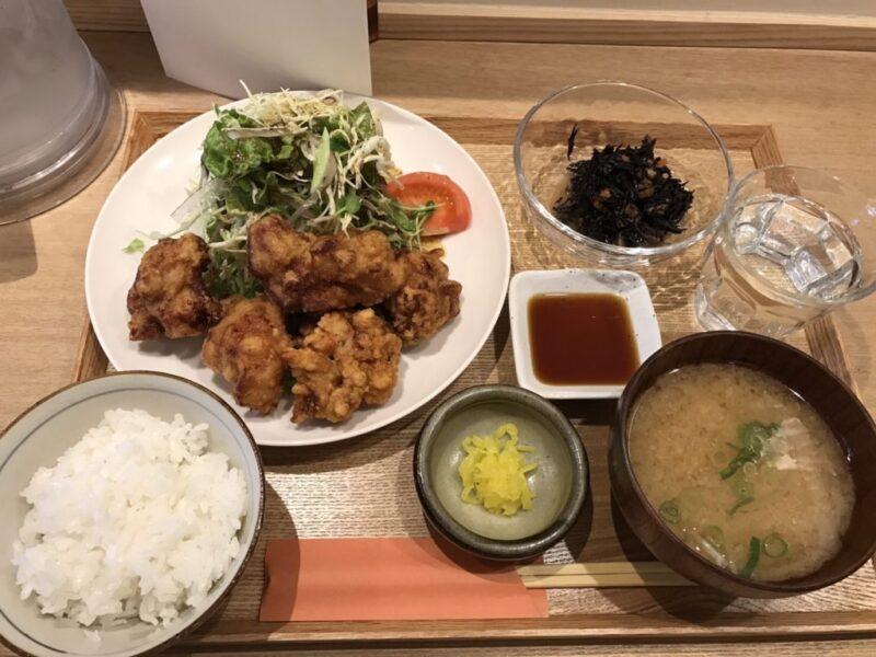 岡山県庁すぐ『キッチンほりぐち』から揚げ定食とチキンカツ定食!
