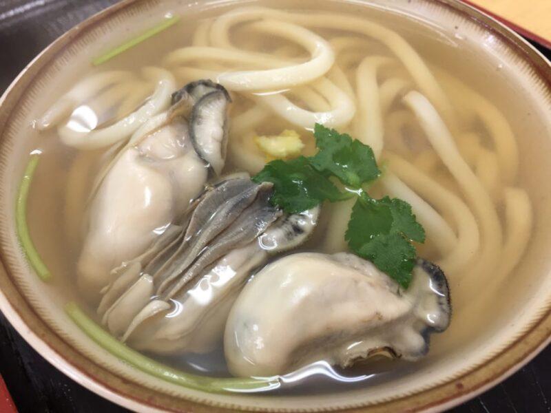 香川高松たも屋仕込みの『ひさ枝』牡蠣うどんに松茸うどんを替玉で頂く!