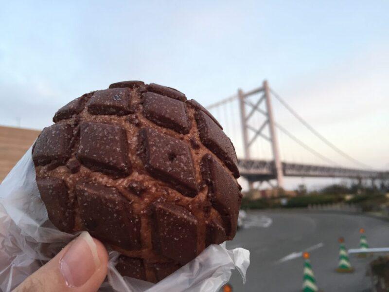 香川与島PA『ボヌール』ももクロも食べた焼きたてチョコメロンパン!