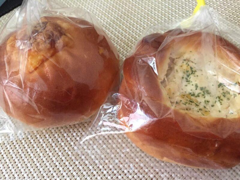 倉敷老松『パン工房ほのか』住宅街に突如現れる素朴なパン屋でツナコーン!