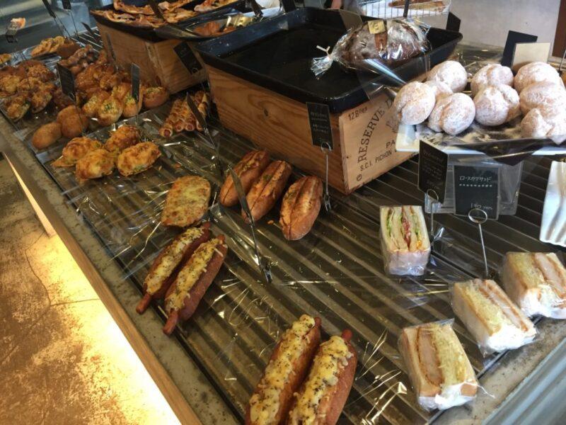 岡山問屋町『KAZE(デュフォーレカゼトイヤマチ)』パンもガトーショコラも!