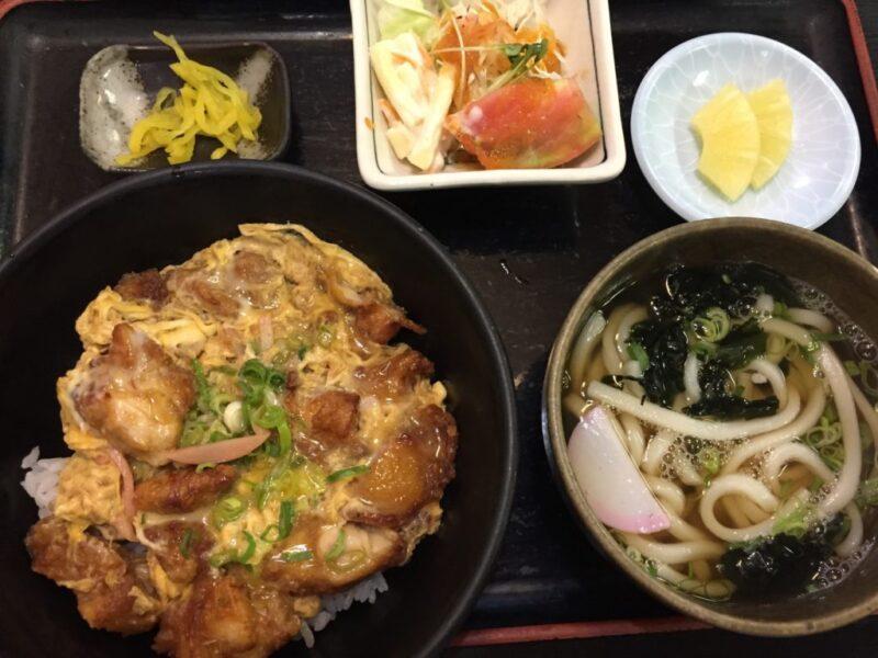 岡山東古松『お食事処うどん宥紀屋(ゆきや)』うどん定食と親子丼ディナー!
