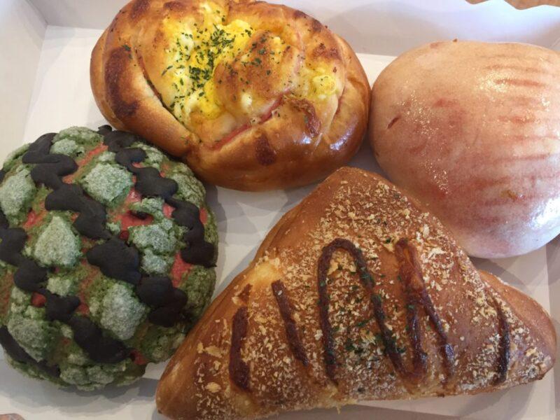 倉敷真備『幸せのパン工房』100円のスイカメロンパンとハムチーズパン!
