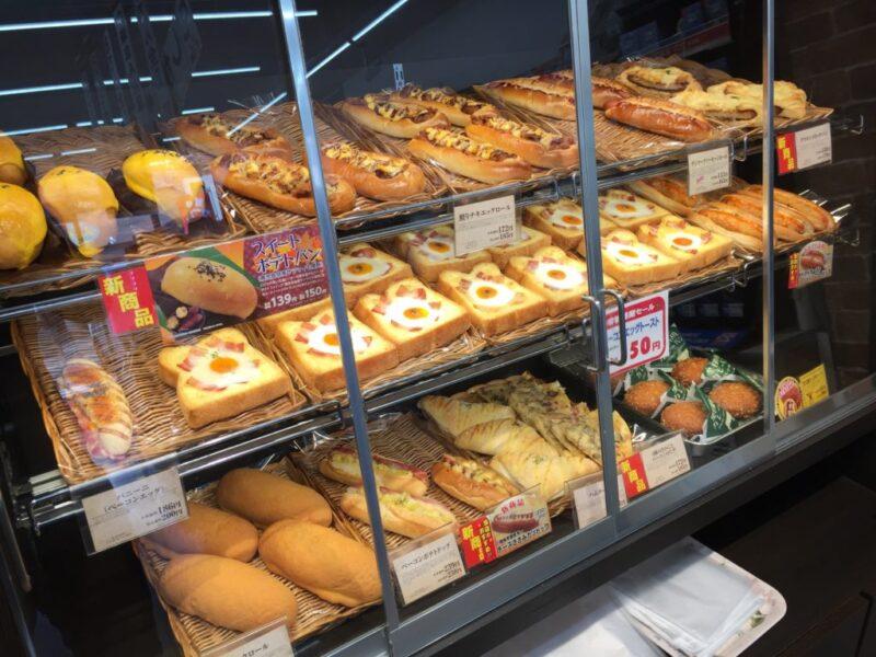 応援したいコンビニ『デイリーヤマザキ』店舗で焼いたパンが美味しい!