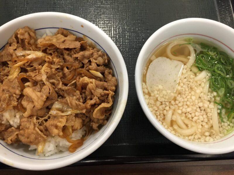 岡山浜野『なか卯』うどんに牛丼に親子丼が24時間営業で食べられる!