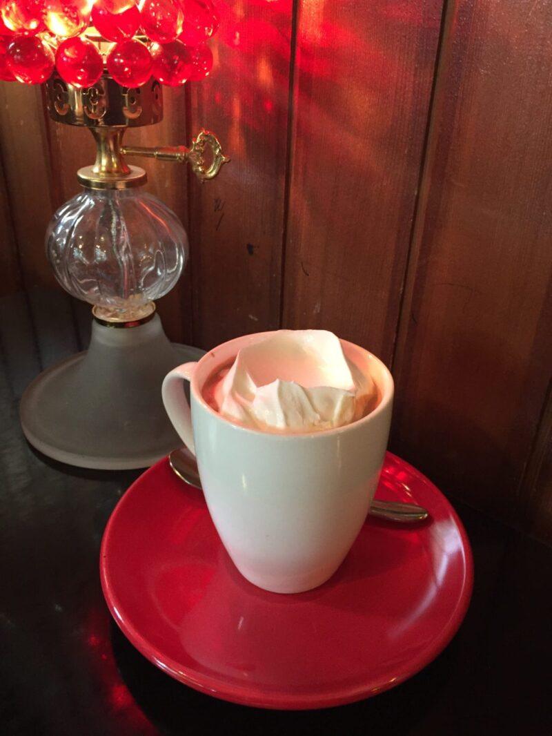 韓国ソウル三清洞『コピバンアッカン』1分似顔絵カフェでコーヒー!