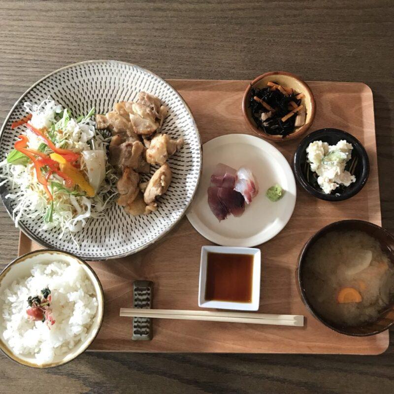 岡山錦町『TEI-SYOKU(テイショク)』新鮮なお刺身付き魚松定食ランチ!