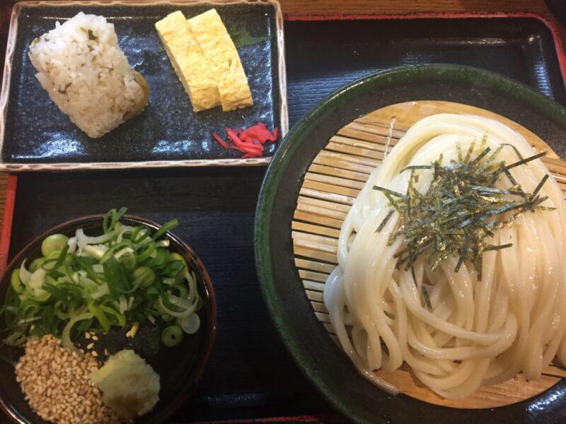 神戸三宮うどん屋『讃岐麺房すずめ』本場のさぬきうどんとお得な定食!