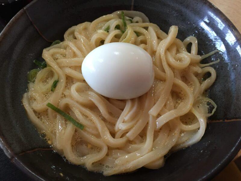 倉敷連島うどん屋『庵亭』釜玉うどんに無料のゆで卵で玉子三昧うどん!