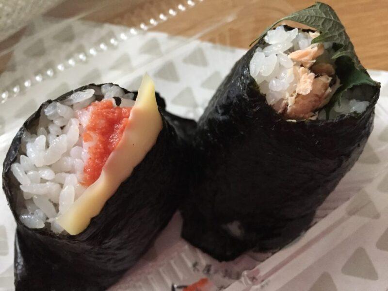 岡山医大前『米屋のおむすび田むす』明太子チーズおにぎりと梅しそ鮭!