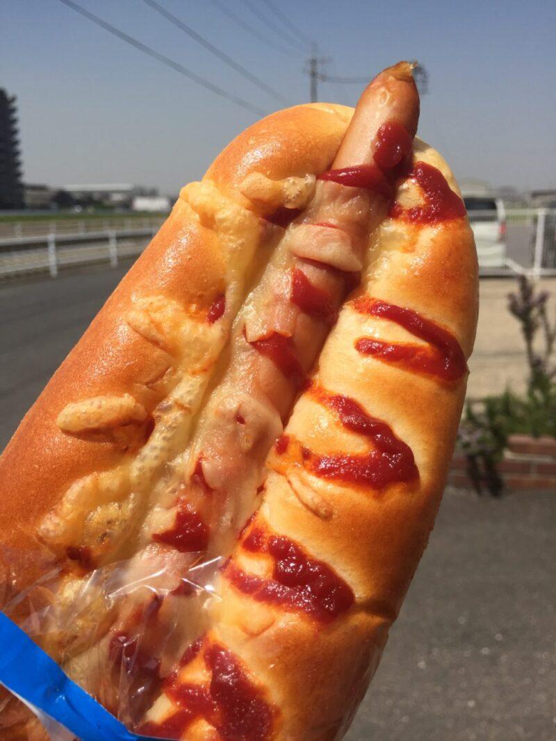 岡山浦安『焼きたてパン工房ネイチャーファーム』やっぱウィンナーパン!