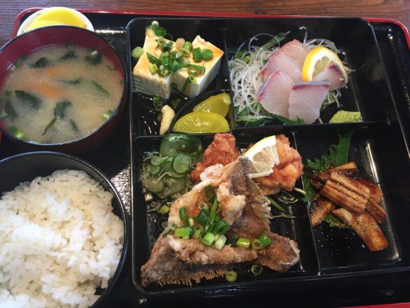 倉敷老松『スマイリー食堂』ボリューム満点でお得な刺身定食ランチ!