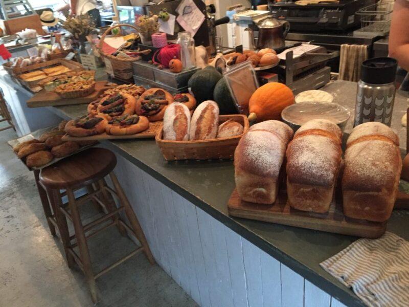 香川高松パン屋『はるくもsun.』しあわせのパンと併設のカフェでかき氷!