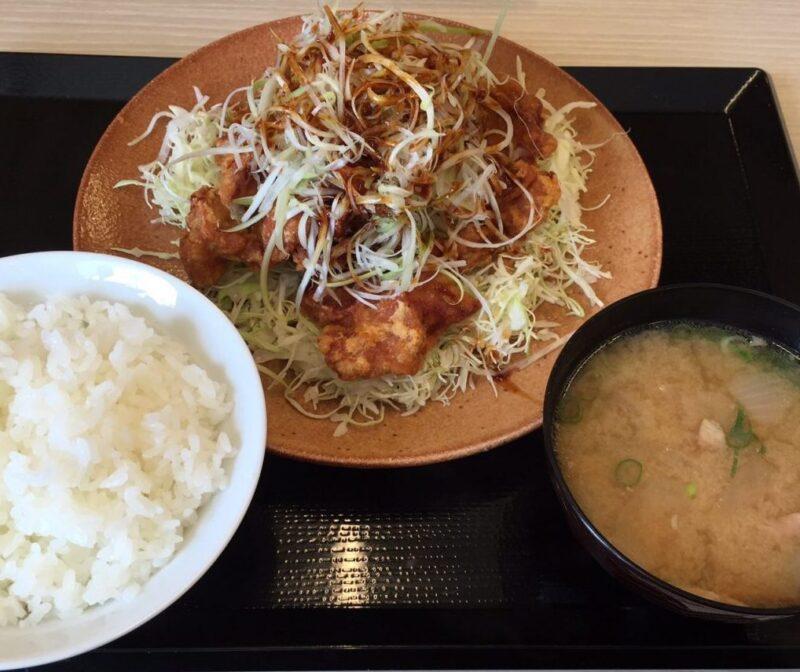 倉敷浜ノ茶屋『かつや』カツ丼と豚汁定食がお得に食べられるトンカツ屋!