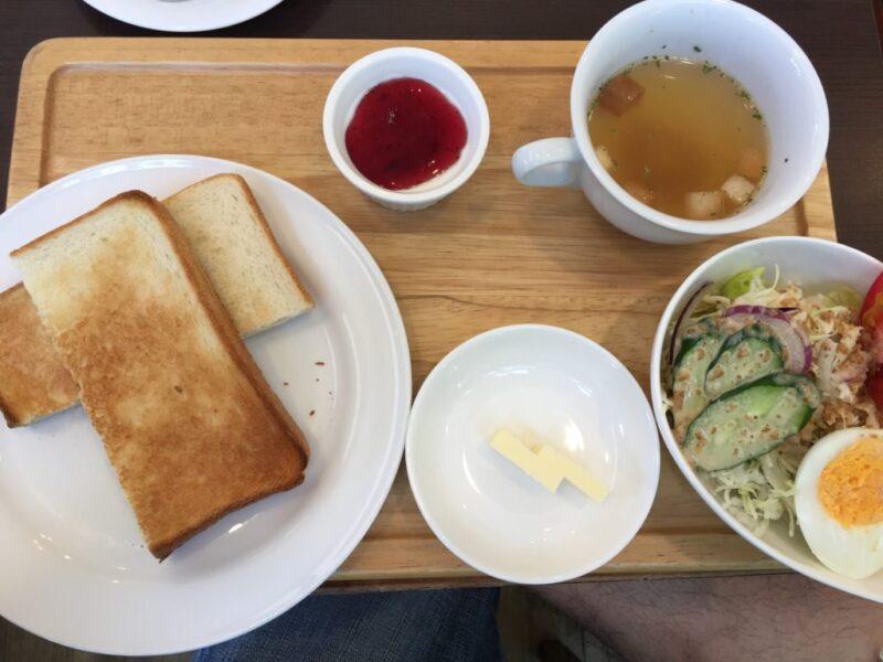 岡山中島田町カフェ『オネストコーヒー』12時までは朝食モーニング!