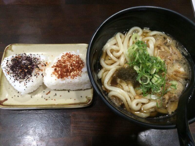 倉敷宮前『KASUYA(カスヤ)』大阪名物かすうどんとランチはおにぎり無料!