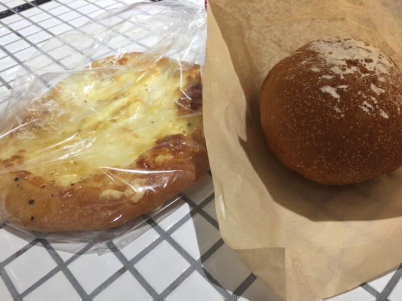アウトレット広島『八天堂』他では食べられない出来たてクリームパン!