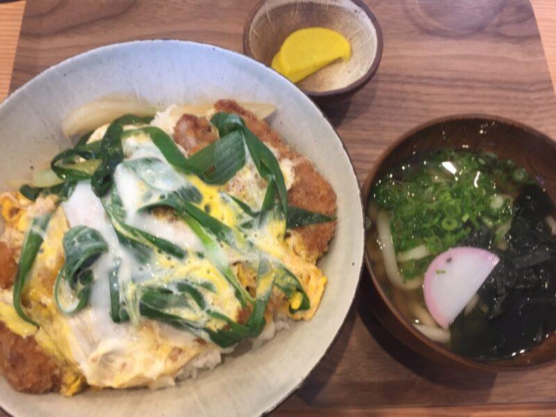 岡山問屋町テラス『讃岐の男うどん』男の肉うどんもカツ丼も美味しい!