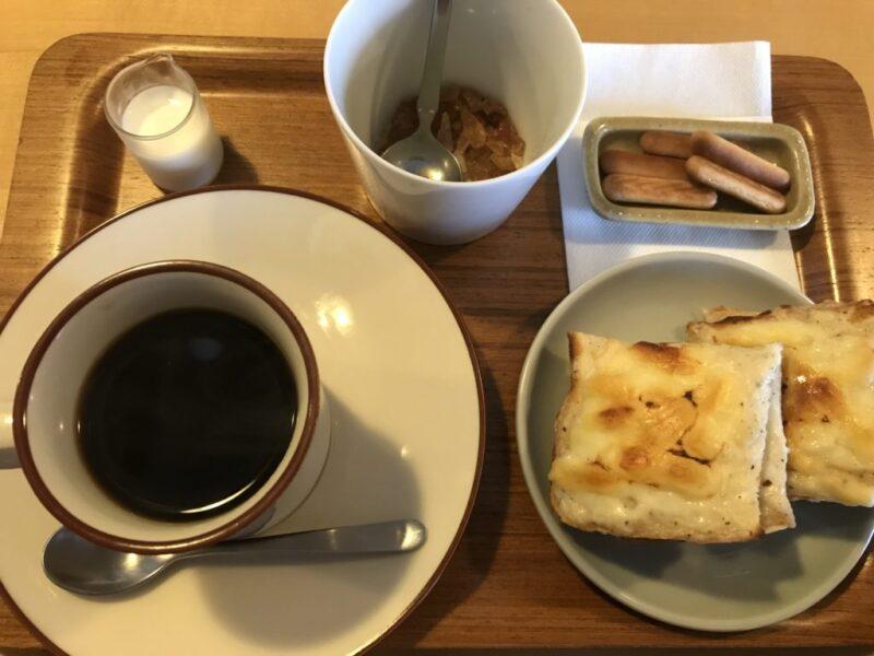 倉敷鶴形『フューチャーヒャクカフェ』豚肉の黒ごまカレーと朝食モーニング!