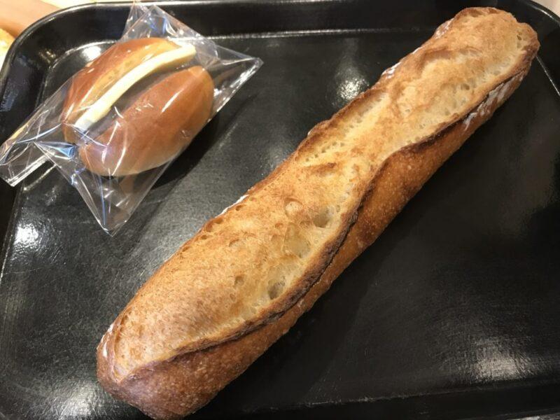 札幌赤れんがテラス『ブーランジェリーコロン』フランスパンとあんバター!