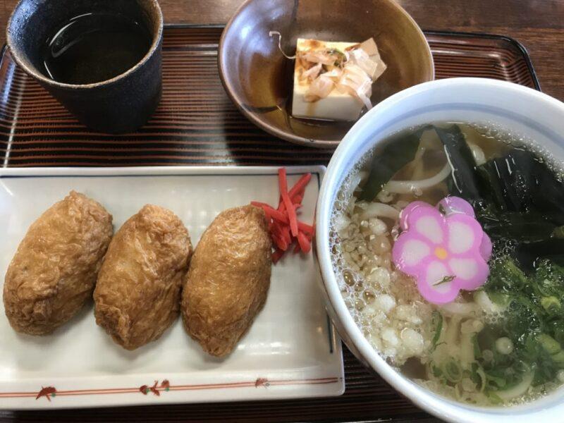 倉敷中島うどん屋『うどん坊』平日限定うどん定食ランチでいなり寿司!