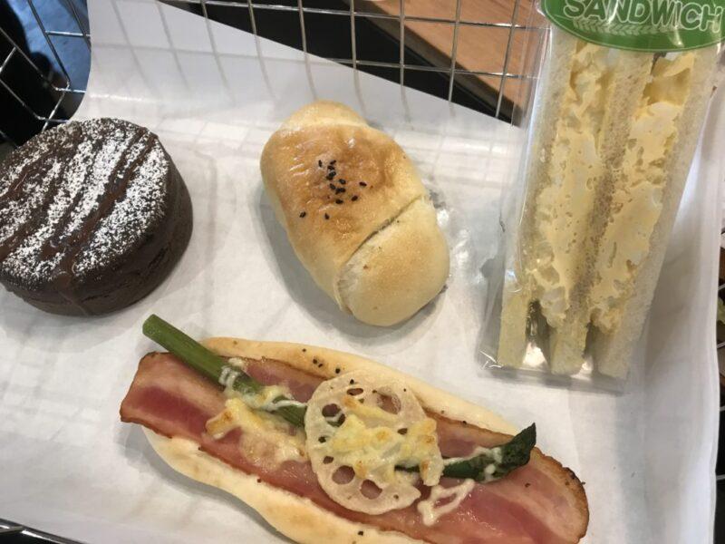 香川宇多津『ハウントベーカーズ』TSUTAYAのオシャレで安いパン屋!