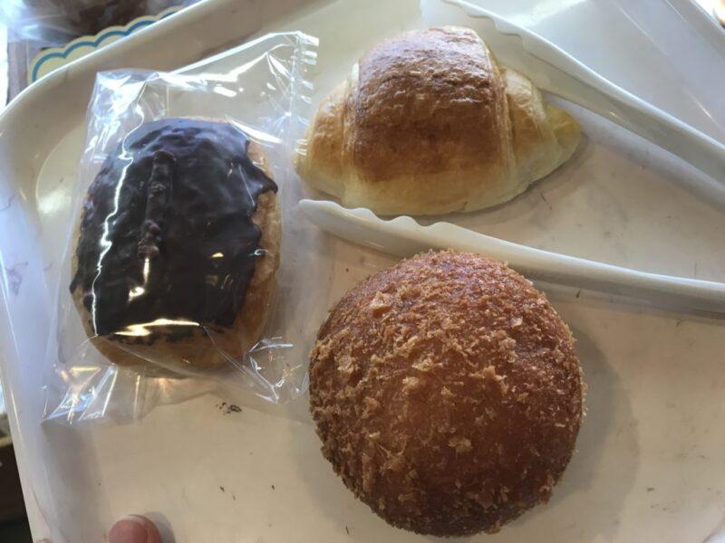 香川高松『ベーカリーフロール』揚げたてのエッグカレーパンと板チョコ!
