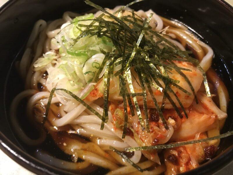 岡山玉野『うどん館』ゆで置き一切なしの肉ぶっかけうどんと鶏天ぷら!