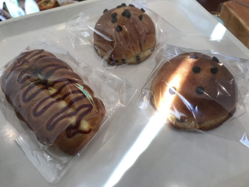 香川丸亀『パン屋ゆうぱん』素朴なポークウィンナーとぼうしパン!