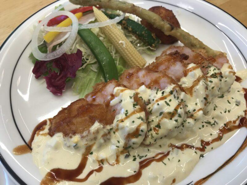 岡山津島『洋食屋ルーアン』タルタルでプリプリの海老カツランチ!