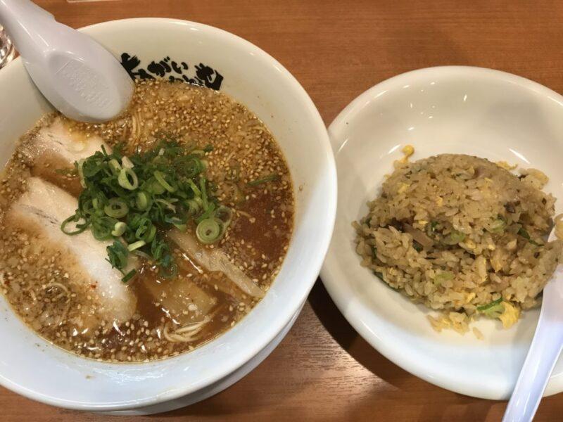 岡山ラーメン屋『あがいやんせ』TKGとから揚げ食べ放題に替玉30円!
