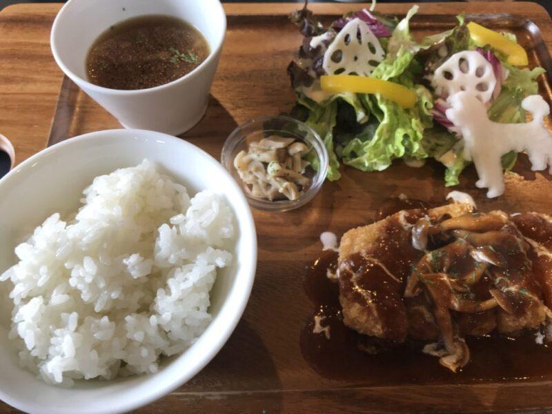 倉敷カフェ『リゴッド(REGOD)』チキン南蛮とミルフィーユカツランチ!