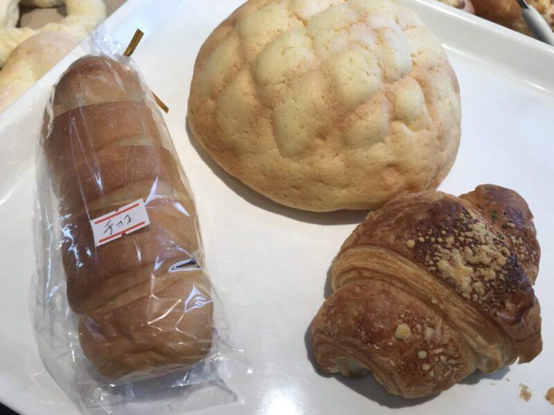 倉敷中帯江パン屋『PANEAT(パニート)』メロンパンがデカメロン過ぎる!