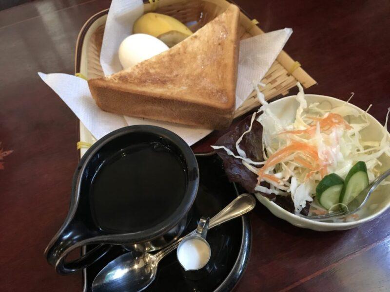 倉敷白楽町『古城』昭和レトロな喫茶店でバナナと朝食モーニング!