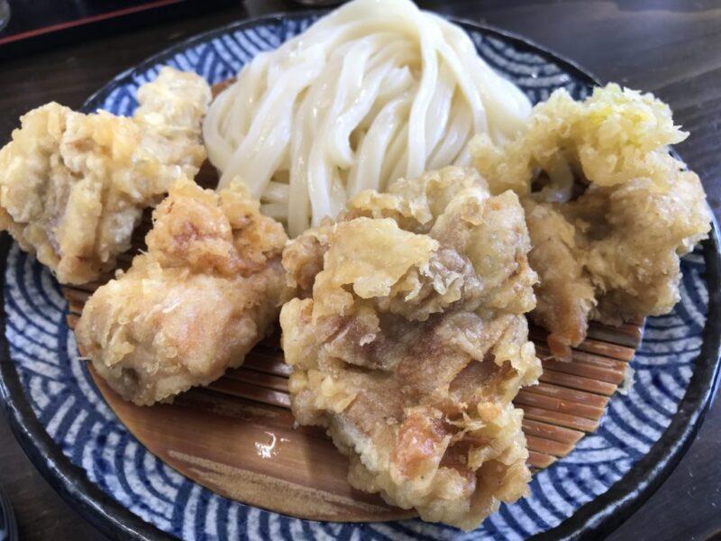 香川善通寺讃岐うどん『麺の蔵』揚げたてプリプリとり天ざるとイカ天!