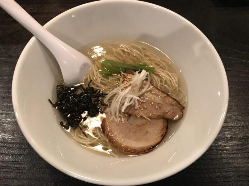 倉敷駅前『Hanabi塩ラーメン (ハナビ)』澄み切った源湯スープは絶品!