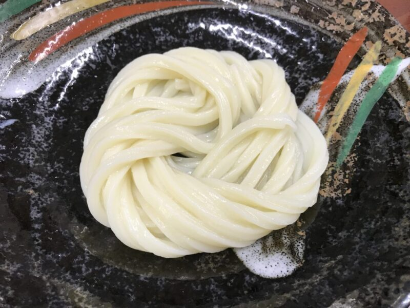 香川坂出『日の出製麺所』農林水産大臣賞の讃岐うどんは1時間限定営業!