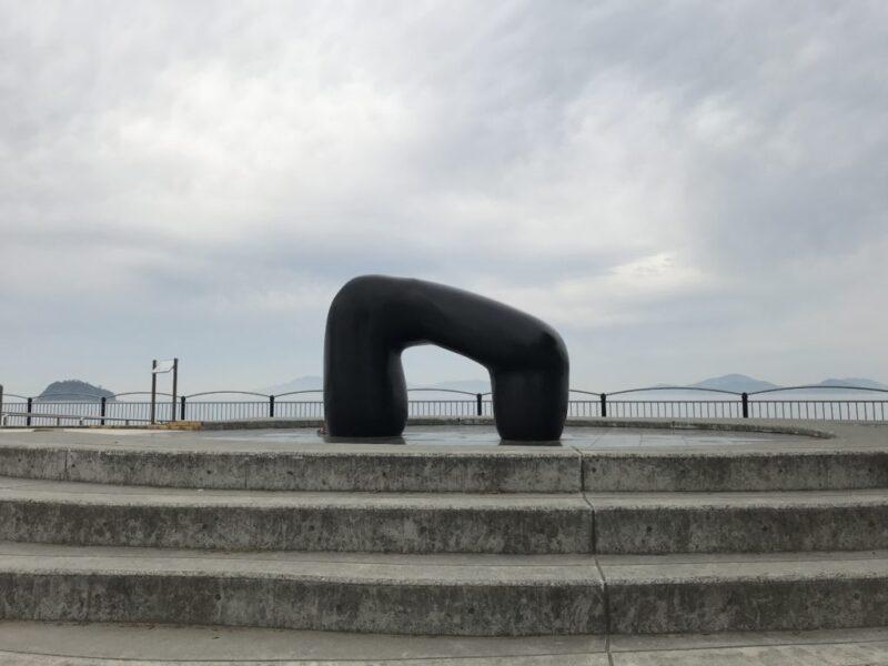 香川『道の駅恋人の聖地宇多津臨海公園』子ども用遊具にカフェもある!