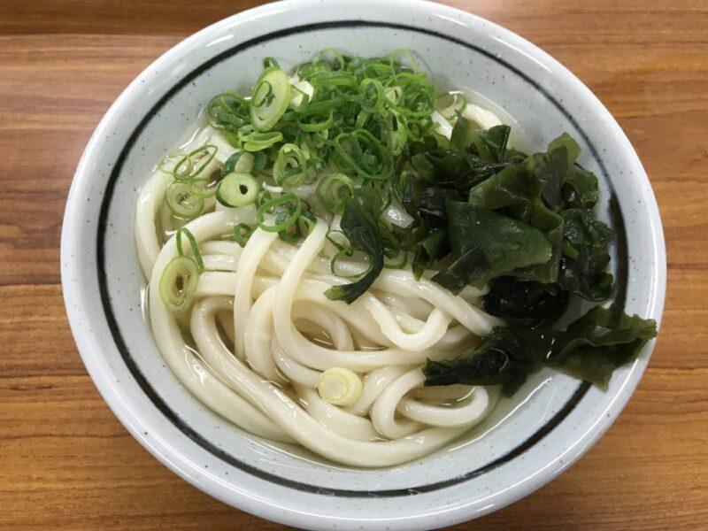 香川高松讃岐うどん『竹清』揚げたて半熟卵天ぷらとちくわ天は絶品!