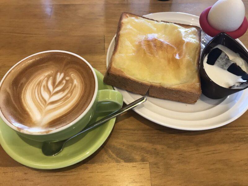 岡山浜『ポルトコーヒー』自家焙煎珈琲豆のカフェラテと朝食モーニング!