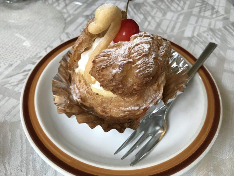 香川丸亀『ビベール』白鳥のシュークリームが可愛すぎて食べられない!