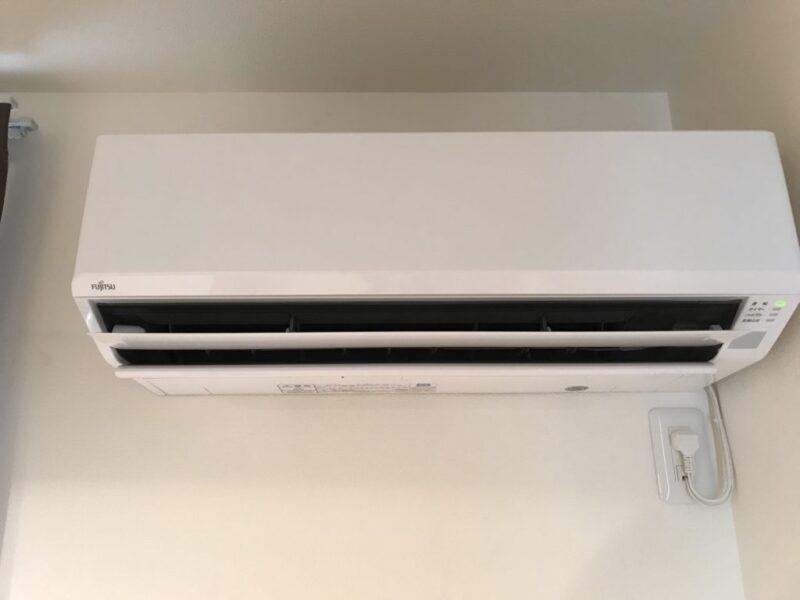 夏場にエアコンと洗濯機が同時に壊れたので富士通と日立の買ってきた!