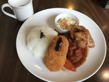 岡山高屋『懐古喫茶桜海(Sakuraumi)』ハンバーグと鶏の唐揚げAランチ!
