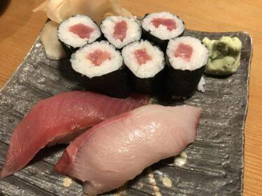 倉敷駅前居酒屋『や台ずし』職人が握るマグロの寿司と鶏の手羽先から揚げ!