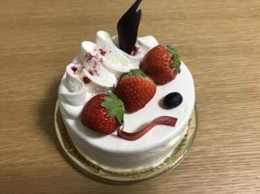 岡山西古松『パティスリーエール』エクロールとイチゴショートケーキ!
